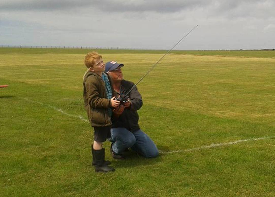 Lern to fly with Redruth & District Model Flying Club